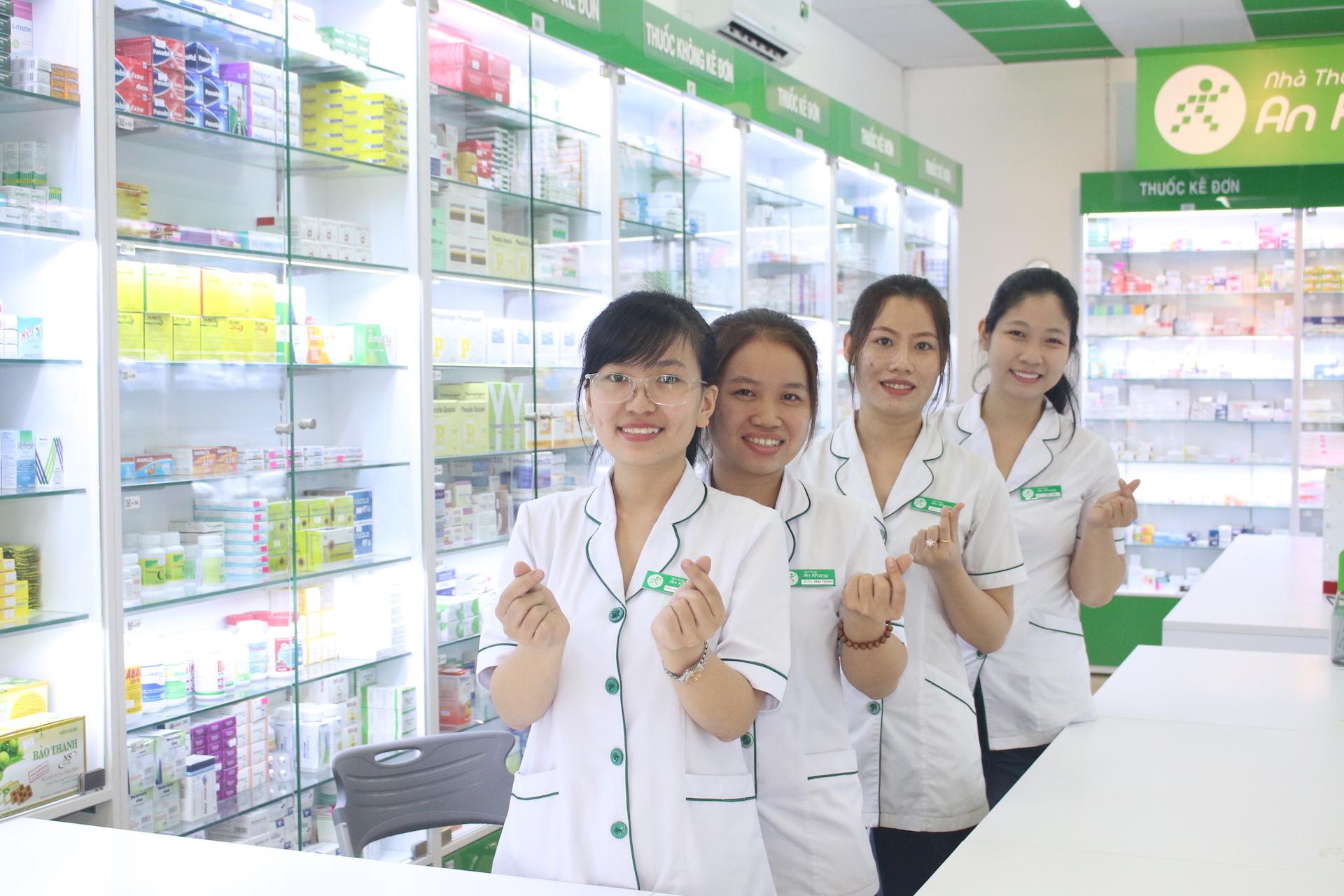 : Học Cao đẳng Dược có được mở nhà thuốc không?