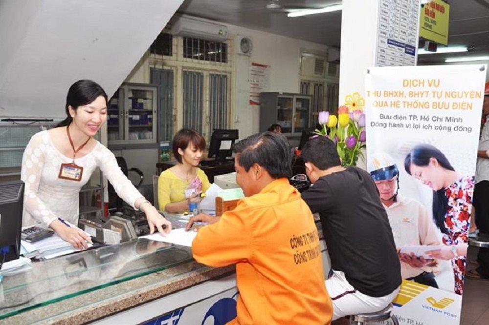 Bạn có thể mua bảo hiểm xã hội tự nguyện tại các cơ quan BHXH huyện